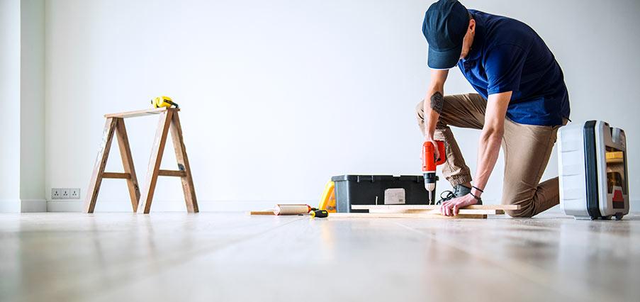 Utbildning och yrkesliv för golvläggaren